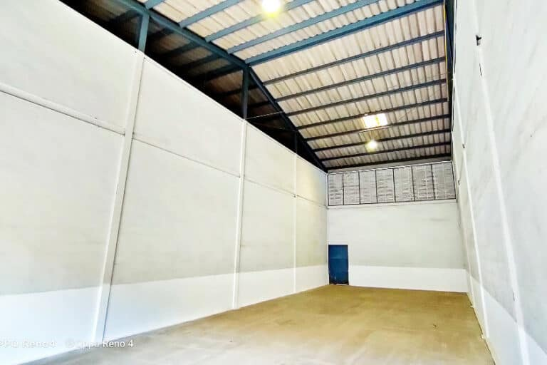 Beeraphan Assets Warehouse-5